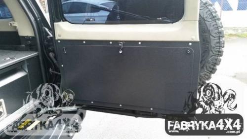 3 Masa plianta usa spate Nissan Patrol Y61