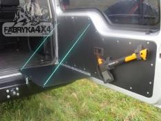 Masa plianta usa spate Land Rover Discovery 2