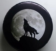 Husa roata de rezerva – print cu lup si luna