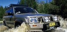 Bullbar ARB Deluxe pentru Nissan Patrol Y61 (98′-04′)