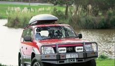 Bullbar Arb Deluxe pentru Toyota Land Cruiser HZJ90, pana in 2000 (cu overfendere)