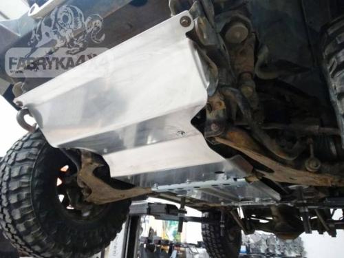 Scut motor pe benzina pentru Mitsubishi Pajero II (91′-99′) bara F4X4–