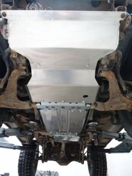 Scut motor pentru Mitsubishi Pajero II (91′-99′) bara originala_