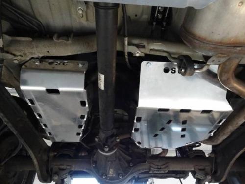 Set scuturi combustibil pentru Suzuki Jimny IV 1.5, benzina 2018-___